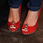 NLD/Amstelveen/20120216 - Presentatie Charityarmband Rode Kruis, schoenen Fajah Lourens