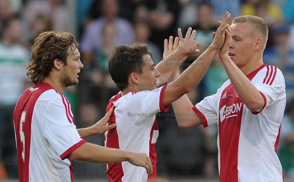 19-07-2013 VOETBAL: WERDER BREMEN - AFC AJAX: MEPPEN<br /> Jubel bei Ajax<br /> ***NETHERLANDS ONLY***<br /> ©2013-FotoHoogendoorn.nl