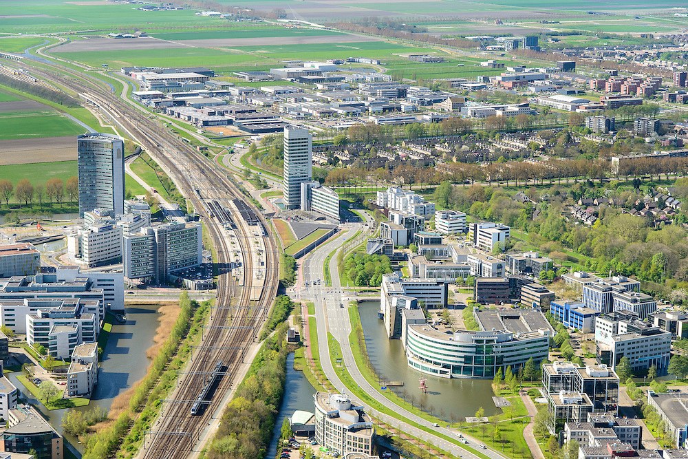Nederland, Noord-Holland, Hoofddorp, 09-04-2014; kantorenpark Beukenhorst en station Hoofddorp.<br /> Office park Beukenhorst and railway station.<br /> luchtfoto (toeslag op standard tarieven);<br /> aerial photo (additional fee required);<br /> copyright foto/photo Siebe Swart