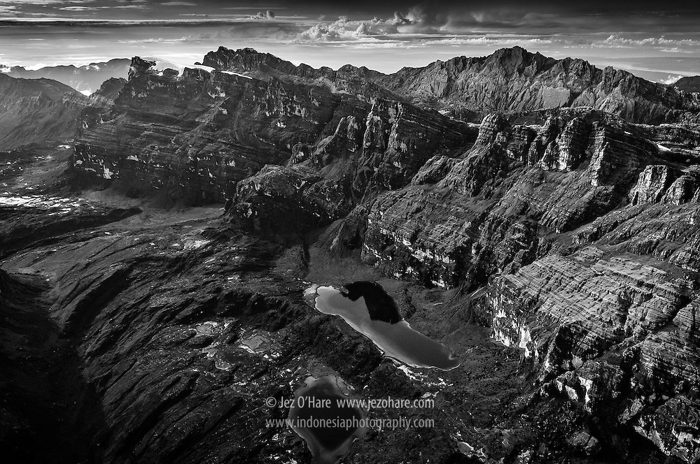 Puncak Jaya, Carstensz pyramid & glaciers, Lorentz National Park, Papua, Indonesia.