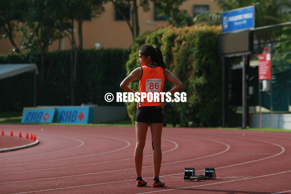 Bishan Stadium, Thursday, April 21, 2016 — Diane Pragasam, 14, of Singapore Sports School (SSP) stopped the clock in a new personal best of 1 minute 1.44 seconds to clinch first place in the B Division Girls 400m final at the 57th National Schools Track and Field Championships.