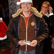 Premiere Polar Express, Dennis Mulder met kerstmannenmuts