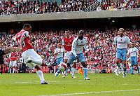 Photo: Daniel Hambury.<br />Arsenal v Aston Villa. The Barclays Premiership. 19/08/2006.<br />Arsenal's Gilberto scores to make it 1-1.