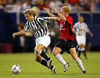 Photo Aidan Ellis.<br />Manchester United v juventus (Champions World Match at New York Giants Stadium East Rutherford).31/07/03.<br />Juve's Pavel Nedved and United's Paul Scholes