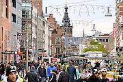 Nederland, Nijmegen, 5-12-2015 Markt in de Burchtstraat. Drukte in het centrum. Winkelstraat in Nijmegen. architectuur,wederopbouw. Sinterklaasinkopen, kerstinkopen, feestdagen FOTO: FLIP FRANSSEN/ HH