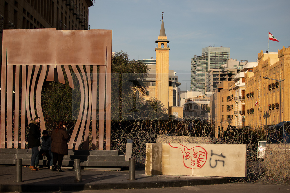 © Licensed to London News Pictures. 27/01/2020. Beirut, Lebanon. General view of security fences around the government buildings in Downtown Beirut, as the government votes on the 2020 budget. Anti government demonstrators have been campaigning against government corruption and economic crisis for 103 days in Lebanon. Photo credit : Tom Nicholson/LNP