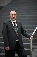 DEU, Deutschland, Germany, Berlin, 15.03.2018: Portrait von Burhan Kesici, Vorstandsvorsitzender vom Islamrat.