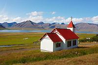 Islande, fjord de l Ouest, fjord de Dyrafjordur, eglise de Myrar // Iceland, Westfjord, Dyrafjordur fjord, Myrar church