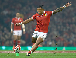 Sonatane Takulua of Tonga kicks a penalty<br /> <br /> Photographer Simon King/Replay Images<br /> <br /> Under Armour Series - Wales v Tonga - Saturday 17th November 2018 - Principality Stadium - Cardiff<br /> <br /> World Copyright © Replay Images . All rights reserved. info@replayimages.co.uk - http://replayimages.co.uk