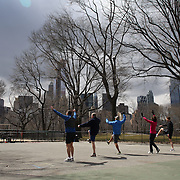 A lunch time fitness class in Central Park, Manhattan, New York, USA. 28th March 2013. Photo Tim Clayton