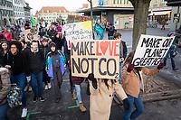 SCHWEIZ - BERN - Klimastreik in Bern, hier ein Transparent mit der Aufschrift 'Make Love Not CO2' - 18. Januar 2019 © Raphael Hünerfauth - http://huenerfauth.ch