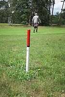 HILVERSUM - 150 meter markering , paaltje,  Hilversumsche Golf Club. COPYRIGHT KOEN SUYK