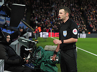 Football - 2019 / 2020 Emirates FA Cup - Third Round: Crystal Palace vs. Derby County<br /> <br /> Referee, Michael Oliver reviews VAR for the Luka Milivojevic and Tom Huddlestone incident, which resulted in Milivojevic receiving the card card, at Selhurst Park.<br /> <br /> COLORSPORT/ANDREW COWIE