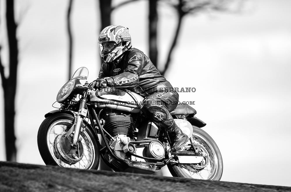 29-09-2013 Santander<br /> IV Gran Carrera Motos Clasicas en el Palacio de la Magdalena<br /> Antonio Martinez Gallego , con la moto Norton Manx 500<br /> Fotos: Juan Manuel Serrano Arce