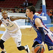 Anadolu Efes's Matthew Janning (R) and Nizhny Novgorod's Tarence Kinsey (L) during their Turkish Airlines Euroleague Basketball Group A Round 9 match Anadolu Efes between Nizhny Novgorod at Abdi ipekci arena in Istanbul, Turkey, Friday December 12, 2014. Photo by Aykut AKICI/TURKPIX