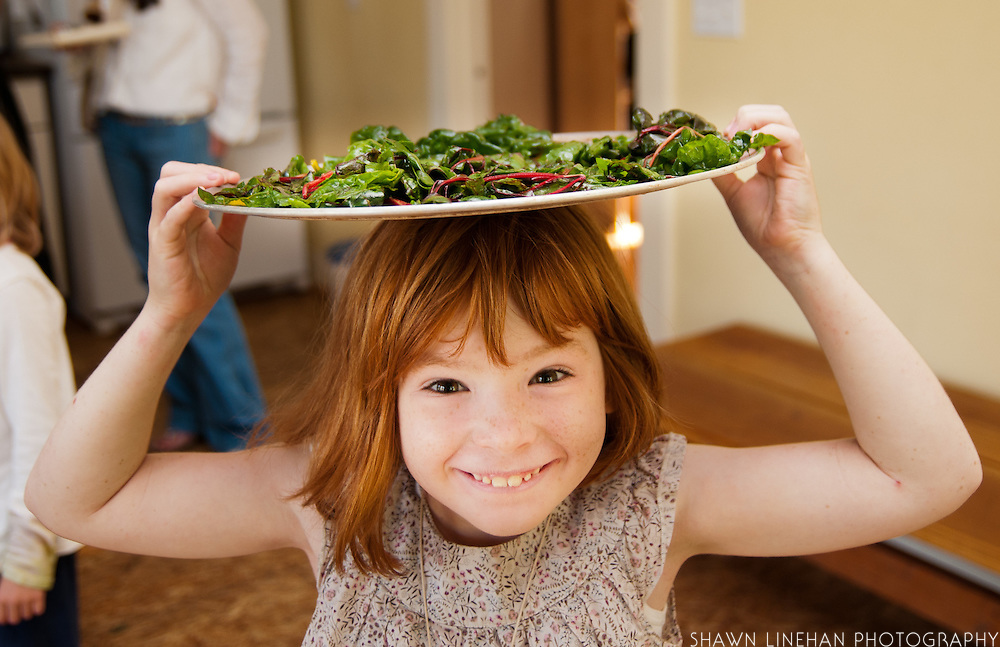 the young ones make kale chips.
