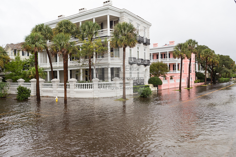 View of stately homes in floodwater along the Battery in the historic district as Hurricane Joaquin brings heavy rain, flooding and strong winds as it passes offshore October 4, 2015 in Charleston, South Carolina.