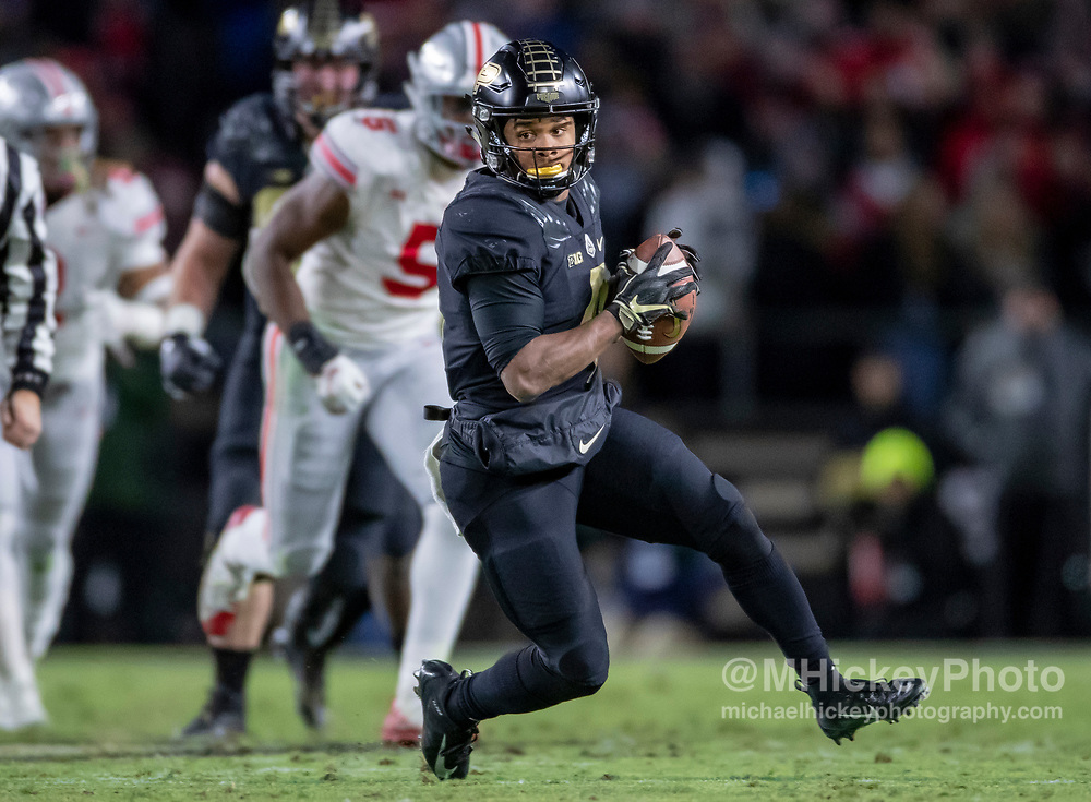 WEST LAFAYETTE, IN - OCTOBER 20: Rondale Moore #4 of the Purdue Boilermakers runs the ball during the game against the Ohio State Buckeyes at Ross-Ade Stadium on October 20, 2018 in West Lafayette, Indiana. (Photo by Michael Hickey/Getty Images) *** Local Caption *** Rondale Moore