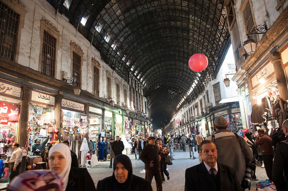 January 10, 2012, Damascus, Syria. The Souk al Hamidiyé during the civil war. <br /> <br /> 10 janvier 2012, Damas, Syrie. Le Souk al Hamidiyé pendant la guerre civile.