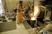 GHENT, BELGIUM - August 2005 - ARTS / CULTURE, ..Bronzefoundry, Processing of bronze to artpieces....©Christophe Vander Eecken
