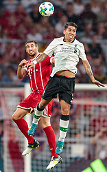 01.08.2017, Allianz Arena, Muenchen, GER, Audi Cup, FC Bayern Muenchen vs FC Liverpool, im Bild Javi Martinez (FC Bayern Muenchen), Roberto Firmino (FC Liverpool) // during the Audi Cup Match between FC Bayern Munich and FC Liverpool at the Allianz Arena, Munich, Germany on 2017/08/01. EXPA Pictures © 2017, PhotoCredit: EXPA/ JFK