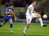 ◊Copyright:<br />GEPA pictures<br />◊Photographer:<br />Mario Kneisl<br />◊Name:<br />Rushfeldt<br />◊Rubric:<br />Sport<br />◊Type:<br />Fussball<br />◊Event:<br />UEFA Cup, FC Parma vs FK Austria Magna Wien<br />◊Site:<br />Parma, Italien<br />◊Date:<br />14/04/05<br />◊Description:<br />Guiseppe Cardone (Parma), Sigurd Rushfeldt (A.Wien)<br />◊Archive:<br />DCSKN-1404054303<br />◊RegDate:<br />14.04.2005<br />◊Note:<br />9 MB -OK/OK - Nutzungshinweis: Es gelten unsere Allgemeinen Geschaeftsbedingungen (AGB) bzw. Sondervereinbarungen in schriftlicher Form. Die AGB finden Sie auf www.GEPA-pictures.com. Use of pictures only according to written agreements or to our business terms as shown on our website www.GEPA-pictures.com