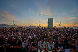 Crowds enjoying a performance by Liam Gallagher at sunset on the Main Stage at the 2017 Reading Festival. Photo date: Sunday, August 27, 2017. Photo credit should read: Richard Gray/EMPICS Entertainment