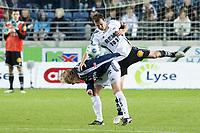 Fotball , 18. oktober 2009 , tippeligaen , Viking Stadion ,   Viking v Rosenborg ,  Roar Strand (r) , Rosenborg , Birkir Bjarnason (l) , Viking ,  Foto: Tommy Ellingsen