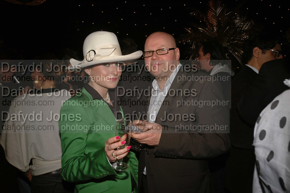Lady Lucy French and Eddie Berg, Becks Futures art prize, Institute of Contemporary arts. London. 2 May 2006. ONE TIME USE ONLY - DO NOT ARCHIVE  © Copyright Photograph by Dafydd Jones 66 Stockwell Park Rd. London SW9 0DA Tel 020 7733 0108 www.dafjones.com
