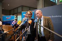 DEU, Deutschland, Germany, Berlin, 26.09.2017: Die beiden Vorsitzenden der AfD-Bundestagsfraktion, Alexander Gauland und Alice Weidel, bei einer Pressekonferenz  nach der ersten Fraktionssitzung der AfD-Bundestagsfraktion im Deutschen Bundestag.