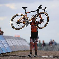 22-08-2020: Wielrennen: NK vrouwen: Drijber<br /> Anna van der Breggen (Netherlands / Boels - Dolmans Cycling Team) pakt de titel bij de vrouwen na een solo22-08-2020: Wielrennen: NK vrouwen: Drijber