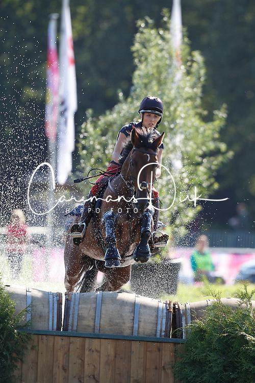 Benatti Stella (ITA) - Miss Wanted Fast<br /> CIC3* Breda Hippique 2010<br /> © Dirk Caremans