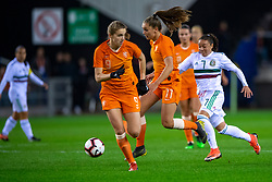 05-04-2019 NED: Netherlands - Mexico, Arnhem<br /> Friendly match in GelreDome Arnhem. Netherlands win 2-0 / Lieke Martens #11 of The Netherlands, Joana Robles  #7of Mexico, Vivianne Miedema #9 of The Netherlands