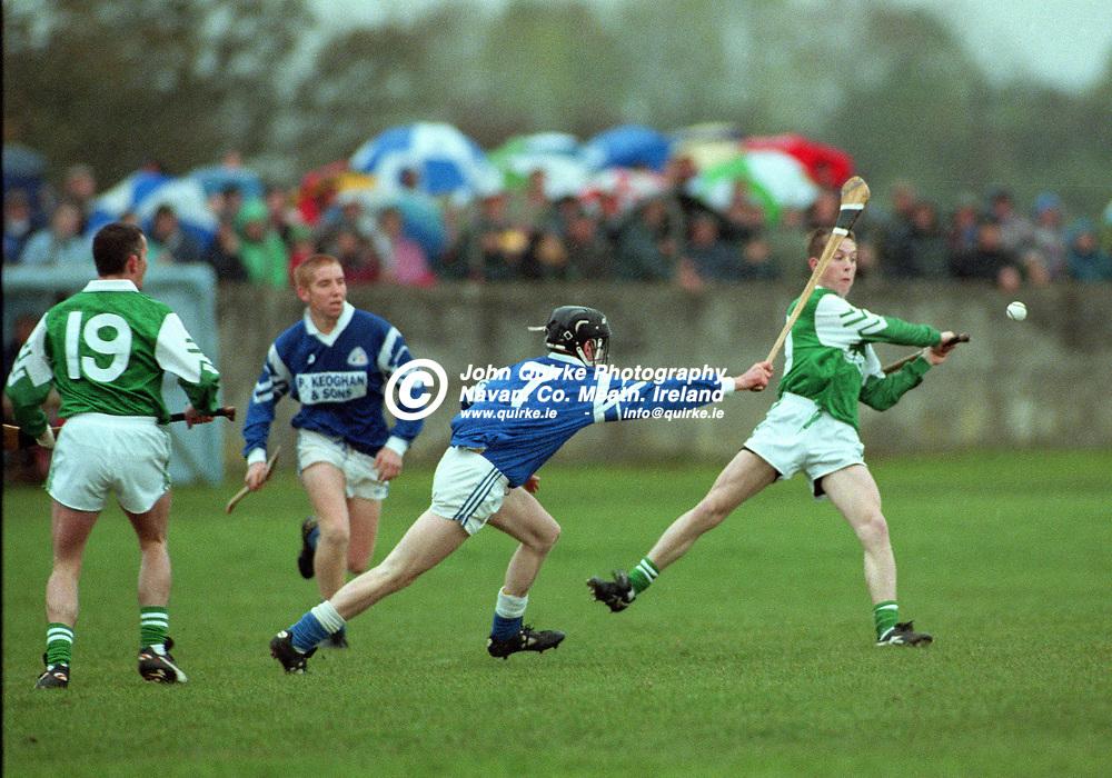 27-10-1996. Rathmolyon v Kilmessan - Meath SHC Final 1996.<br /> Gary Cole, Rathmolyon having a shot.<br /> Photo: John Quirke / www.quirke.ie<br /> ©John Quirke Photography, 16 Proudstown Road, Navan. Co. Meath. (info@quirke.ie / 046-9028461 / 087-2579454).
