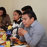 Toluca, México (Agosto 25, 2016).- José Antonio Sánchez Díaz, Presidente de la comisión política del Partido Encuentro Social en el Edo Mex, durante conferencia de prensa, donde anunció que el próximo 28 de agosto celebrarán el día Internacional de los Pueblos Indígenas en la comunidad de San Pablo Autopan. Agencia MVT / Arturo Hernández.