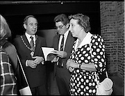 10/09/1988<br /> 09/10/1988<br /> 10 September 1988<br /> ROSC 1988 Exhibition at the Guinness Hop Store. <br /> Sir Norman Mcfarlane visits ROSC '88. Alderman Ben Briscoe, T.D. (left) Lord Mayor of Dublin during his visit to ROSC '88.