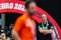 Coach Henk Groener of Germany during the Women's EHF Euro 2020 match between Netherlands and Germany at Sydbank Arena on december 14, 2020 in Kolding, Denmark (Photo by RHF Agency/Ronald Hoogendoorn)