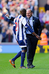 Manager Pepe Mel (ESP) of West Brom gives instructions to Youssuf Mulumbu (COD) - Photo mandatory by-line: Rogan Thomson/JMP - 07966 386802 - 12/04/2014 - SPORT - FOOTBALL - The Hawthorns Stadium - West Bromwich Albion v Tottenham Hotspur - Barclays Premier League.
