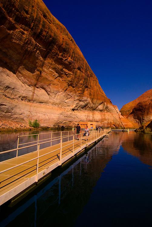 Boat dock, Rainbow Bridge National Monument, Lake Powell, Glen Canyon National Recreation Area, Arizona/Utah border USA