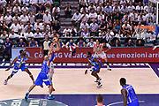 DESCRIZIONE : Sassari Lega A 2014-2015 Banco di Sardegna Sassari Grissinbon Reggio Emilia Finale Playoff Gara 6 <br /> GIOCATORE : Andrea Cinciarini <br /> CATEGORIA : last shot sequenza ultimo tiro<br /> SQUADRA : Grissin Bon Reggio Emilia<br /> EVENTO : Campionato Lega A 2014-2015<br /> GARA : Banco di Sardegna Sassari Grissinbon Reggio Emilia Finale Playoff Gara 6 <br /> DATA : 24/06/2015<br /> SPORT : Pallacanestro<br /> AUTORE : Agenzia Ciamillo-Castoria/GiulioCiamillo<br /> GALLERIA : Lega Basket A 2014-2015<br /> FOTONOTIZIA : Sassari Lega A 2014-2015 Banco di Sardegna Sassari Grissinbon Reggio Emilia Finale Playoff Gara 6<br /> PREDEFINITA :
