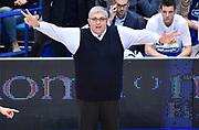 DESCRIZIONE : Bologna LNP A2 2015-16 Eternedile Bologna De Longhi Treviso<br /> GIOCATORE : Stefano Pillastrini<br /> CATEGORIA : Coach Fair Play Mani Direttive<br /> SQUADRA : De Longhi Treviso<br /> EVENTO : Campionato LNP A2 2015-2016<br /> GARA : Eternedile Bologna De Longhi Treviso<br /> DATA : 15/11/2015<br /> SPORT : Pallacanestro <br /> AUTORE : Agenzia Ciamillo-Castoria/A.Giberti<br /> Galleria : LNP A2 2015-2016<br /> Fotonotizia : Bologna LNP A2 2015-16 Eternedile Bologna De Longhi Treviso