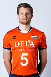 20150506 NED: Selectie Nederlands volleybal team mannen, Arnhem<br />Op Papendal werd het Nederlands team volleybal seizoen 2015-2016 gepresenteerd / Jelte Maan<br />©2015-FotoHoogendoorn.nl / Pim Waslander