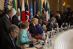 May 27, 2017 - Taormina, Sicily, Italy - German Chancellor Angela Merkel (L),U.S. President Donald Trump (2L), italian Prime Minister Paolo Gentikoni (2R) and French President Emmanuel Macron (R) during the G7 Summit expanded session in Taormina, Sicily, on May 27, 2017. (Credit Image: © Christian Minelli/NurPhoto via ZUMA Press)