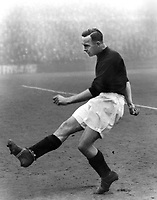 Fotball<br /> Liverpool<br /> Foto: Colorsport/Digitalsport<br /> NORWAY ONLY<br /> <br /> GORDON HODGSON - LIVERPOOL, 1930/1.
