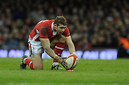 Leigh Halfpenny of Wales prepares to kick a penalty. Dove Men, autumn international test, Wales v Australia at the Millennium Stadium in Cardiff on Sat 1st Dec 2012. pic by Andrew Orchard, Andrew Orchard sports photography,