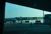Shanghai; China; asia; ; cruise; city, jetway, glass, businessmen, airport