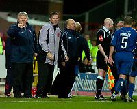 Photo: Alan Crowhurst.<br />Swindon Town v Morecambe. The FA Cup. 02/12/2006.<br />Swindon boss Paul Sturrock (L) shouts the orders.
