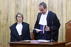 PRESIDENTE DEL TRIBUNALE GIUDICE VARTAN GIACOMELLI LEGGE LA SENTENZA<br /> SENTENZA PROCESSO FALLIMENTO BANCA CASSA RISPARMIO DI FERRARA CARIFE
