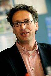 27-03-2009 ALGEMEEN: PORTRET MAARTEN VAN BOTTENBURG: UTRECHT<br /> Portret van Lector Maarten van Bottenburg<br /> ©2009-FotoHoogendoorn.nl