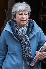 2019-04-10 Theresa May leaves for PMQs